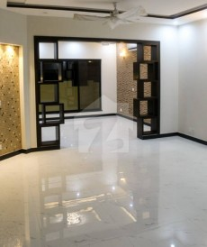 3 Bed 10 Marla Upper Portion For Rent in PIA Housing Scheme - Block E, PIA Housing Scheme