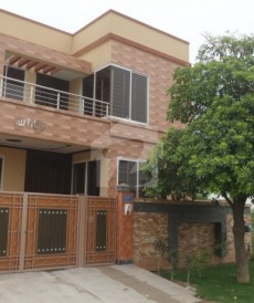 4 Bed 10 Marla House For Sale in Wapda City, Faisalabad