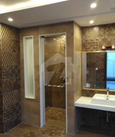 7 Bed 2.35 Kanal House For Sale in Model Town, Lahore