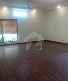 5 Bed 1.05 Kanal House For Sale in Garden Town, Lahore
