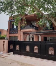 1 Kanal House For Sale in Sarfaraz Rafiqui Road, Cantt