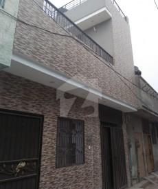 4 کمرے 3 مرلہ مکان برائے فروخت میں نشتر کالونی, لاہور