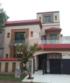 5 Bed 10 Marla House For Sale in Bahria Town - Janiper Block, Bahria Town - Sector C