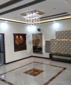 5 Bed 10 Marla House For Sale in Bahria Town - Gulmohar Block, Bahria Town - Sector C