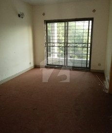 3 Bed 4 Marla House For Sale in Khayaban-e-Amin, Lahore
