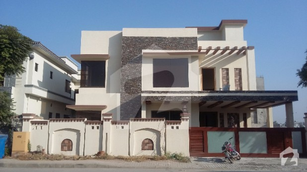 1 kanal house for sale with swimming pool in bahria town - Swimming pool in bahria town lahore ...