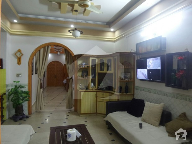 423 square yard fully decorated house in a prime location for Fully decorated homes