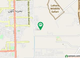 گالف ویو ریذڈینشیاء بحریہ ٹاؤن لاہور میں 10 مرلہ کمرشل پلاٹ 62 لاکھ میں برائے فروخت۔