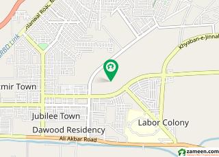 ایل ڈی اے ایوینیو لاہور میں 7 کمروں کا 1 مرلہ کمرہ 9 ہزار میں کرایہ پر دستیاب ہے۔