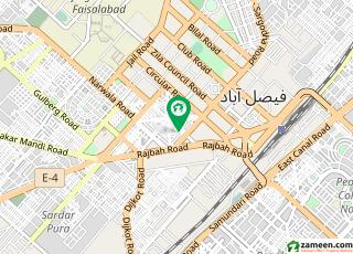 کارخانہ بازار فیصل آباد میں 1 کمرے کا 1 مرلہ پینٹ ہاؤس 5 ہزار میں کرایہ پر دستیاب ہے۔