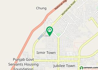ازمیر ٹاؤن ۔ بلاک بی ازمیر ٹاؤن لاہور میں 3 کمروں کا 1 کنال فلیٹ 35 ہزار میں کرایہ پر دستیاب ہے۔