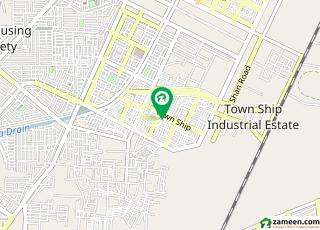 گرین ٹاؤن لاہور میں 1 کمرے کا 1 مرلہ کمرہ 12 ہزار میں کرایہ پر دستیاب ہے۔