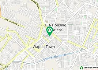 پی آئی اے ہاؤسنگ سکیم - بلاک جی پی آئی اے ہاؤسنگ سکیم لاہور میں 4 کمروں کا 10 مرلہ مکان 1.7 کروڑ میں برائے فروخت۔