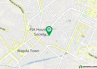 خیابان زہرا لاہور میں 4 کمروں کا 1 کنال مکان 2.25 کروڑ میں برائے فروخت۔