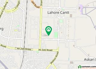 نثار کالونی کینٹ لاہور میں 5 کمروں کا 1.2 کنال مکان 3.5 کروڑ میں برائے فروخت۔