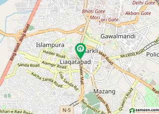 لوئر مال لاہور میں 3 مرلہ کمرہ 4 ہزار میں کرایہ پر دستیاب ہے۔