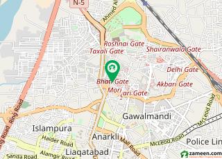 بھٹی گیٹ والڈ سٹی لاہور میں 7 کمروں کا 8 مرلہ مکان 1.5 کروڑ میں برائے فروخت۔