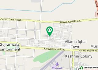 عسکری ہومز 2 عسکری ہومز راہوالی کینٹ گوجرانوالہ میں 4 کمروں کا 10 مرلہ مکان 55 ہزار میں کرایہ پر دستیاب ہے۔
