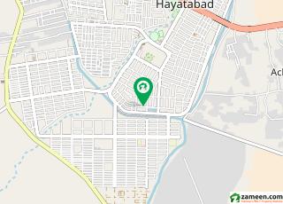 حیات آباد فیز 2 - جی4 حیات آباد فیز 2 حیات آباد پشاور میں 7 کمروں کا 2 کنال مکان 6 کروڑ میں برائے فروخت۔
