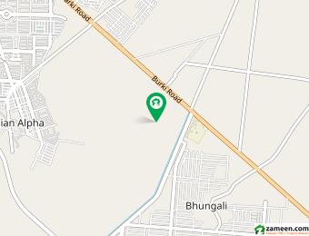 ڈی ایچ اے فیز 8 - بلاک ایس فیز 8 ڈیفنس (ڈی ایچ اے) لاہور میں 1 کنال رہائشی پلاٹ 1.65 کروڑ میں برائے فروخت۔