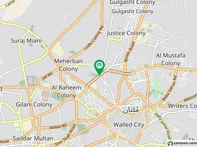 خان کالونی ملتان میں 1 کمرے کا 2 مرلہ کمرہ 10 ہزار میں کرایہ پر دستیاب ہے۔