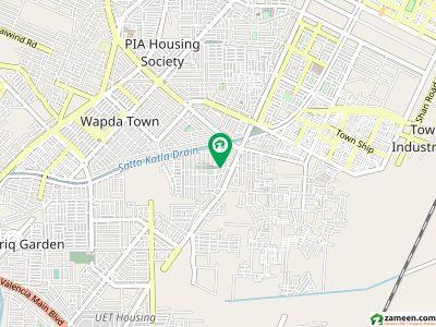 پی سی ایس آئی آر سٹاف کالونی لاہور میں 3 کمروں کا 1 کنال مکان 65 ہزار میں کرایہ پر دستیاب ہے۔