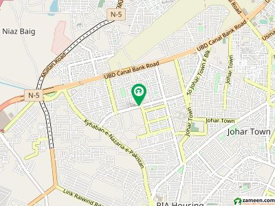 In Johar Town House For Sale Sized 7.5 Marla