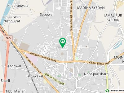 گلشن کالونی گجرات میں 5 کمروں کا 15 مرلہ مکان 3 کروڑ میں برائے فروخت۔