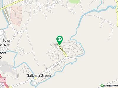گلبرگ بزنس اسکوائر گلبرگ اسلام آباد میں 9 مرلہ کمرشل پلاٹ 8.25 کروڑ میں برائے فروخت۔
