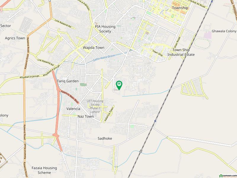 ایڈن بولیوارڈ - بلاک بی ایڈن بولیوارڈ ہاؤسنگ سکیم کالج روڈ لاہور میں 5 کمروں کا 5 مرلہ مکان 1.1 کروڑ میں برائے فروخت۔