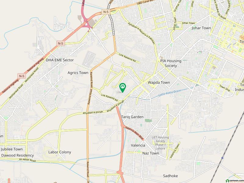 نشیمنِ اقبال لاہور میں 1 کمرے کا 5 مرلہ فلیٹ 10 ہزار میں کرایہ پر دستیاب ہے۔