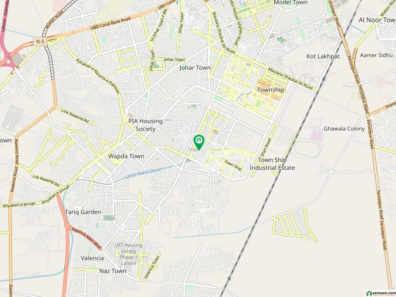 Upper Portion Of 3 Marla Available In Township
