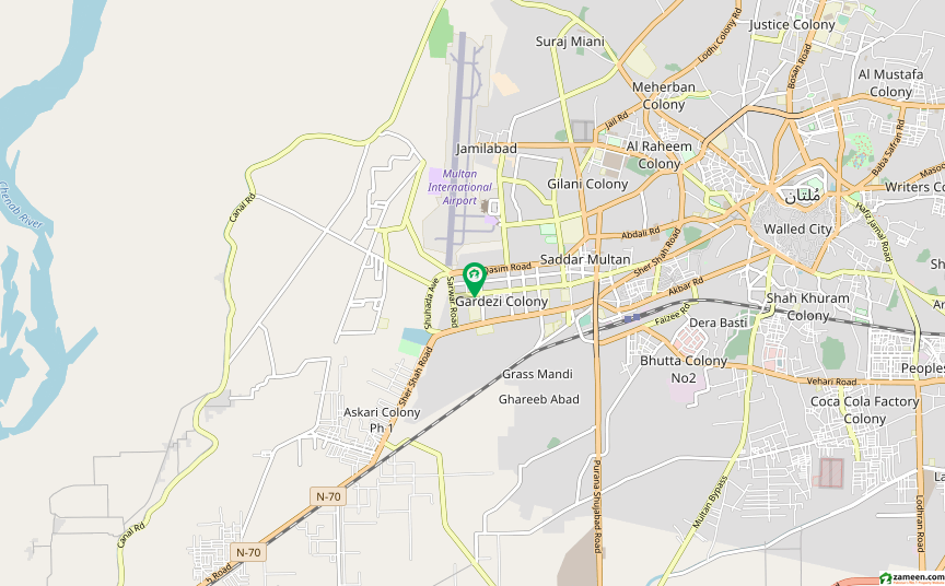 کینٹ ملتان میں 6 کمروں کا 18 مرلہ مکان 4.5 کروڑ میں برائے فروخت۔