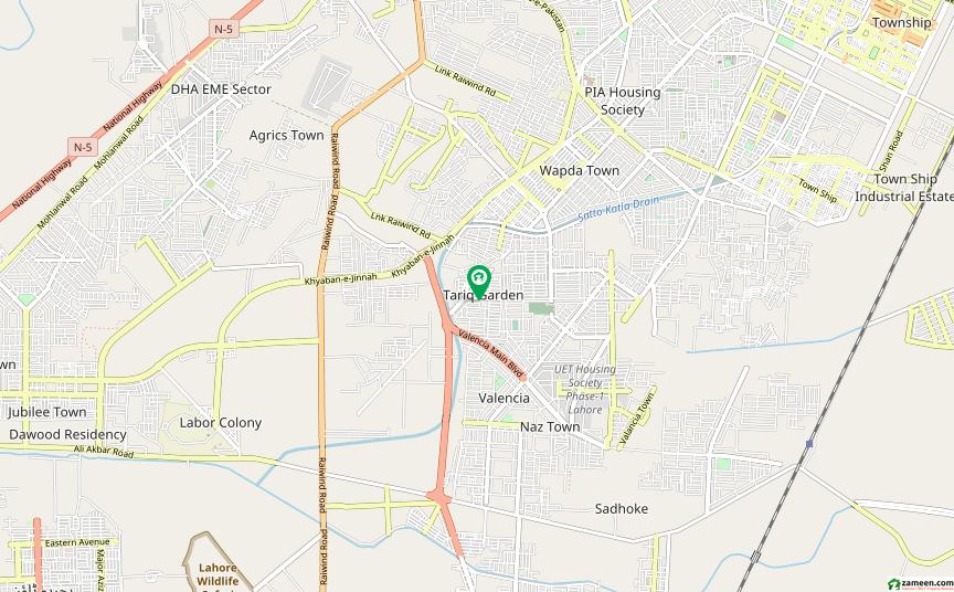 طارق گارڈنز لاہور میں 1 کمرے کا 10 مرلہ کمرہ 15 ہزار میں کرایہ پر دستیاب ہے۔
