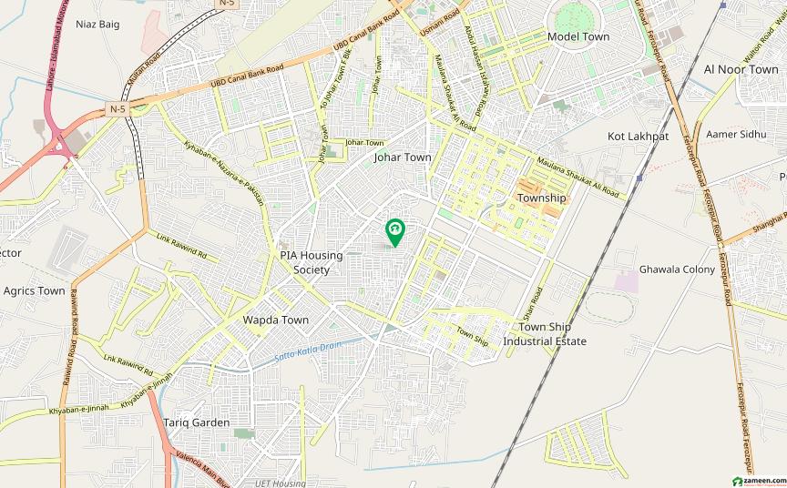 ریونیو سوسائٹی - بلاک بی ریوینیو سوسائٹی لاہور میں 4 کمروں کا 2 کنال بالائی پورشن 50 ہزار میں کرایہ پر دستیاب ہے۔