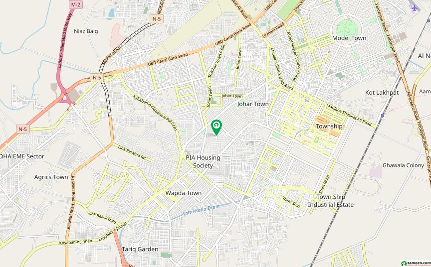 ریونیو سوسائٹی - بلاک اے ریوینیو سوسائٹی لاہور میں 3 کمروں کا 1 کنال بالائی پورشن 46 ہزار میں کرایہ پر دستیاب ہے۔