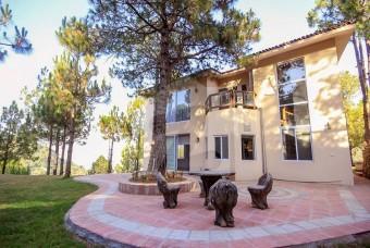 Whispering Pine Resort