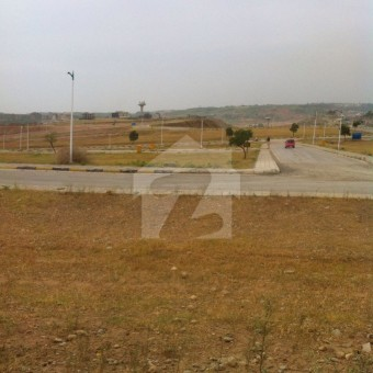 Bahria Orchards